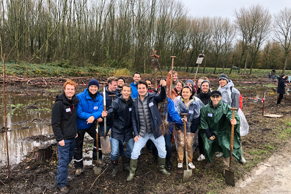 Tree Planting Day: the beginning of the LUMICKS forest